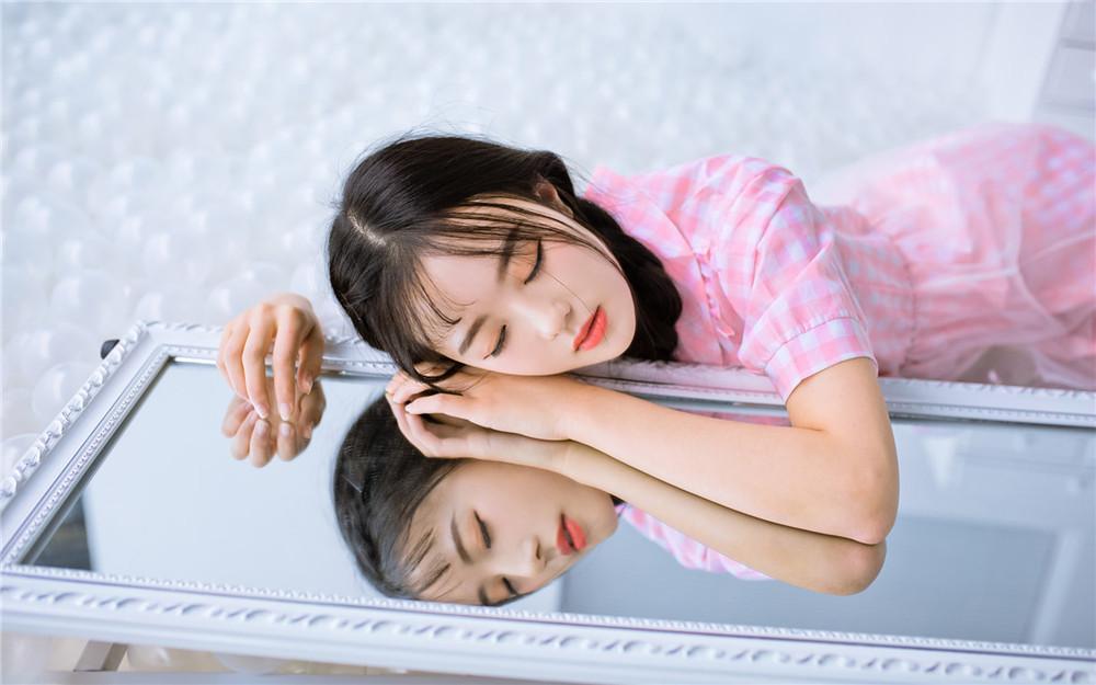精品都市言情小说在线阅读《爱是花火一场梦》爱是花火一场梦全文阅读